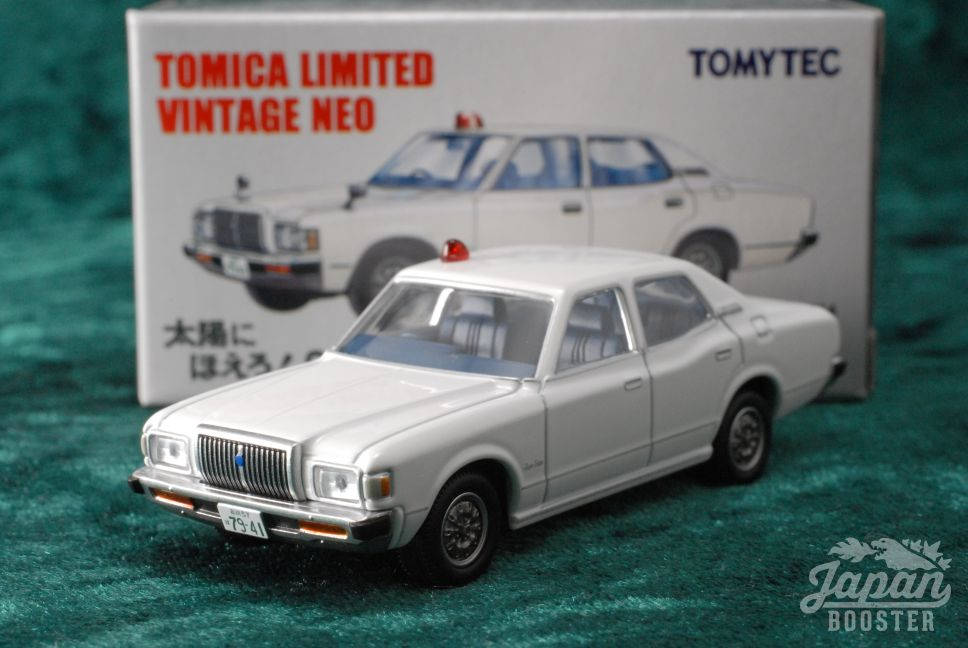 8851e7222b18  TOMICA LIMITED VINTAGE NEO TAIYO Vol.1  TOYOTA CROWN 4DOOR PILLARED HARD  TOP 2000 SUPER SALOON POLICE CAR (White)