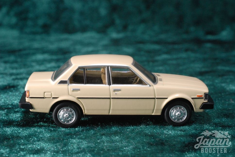 Tomica Limited Vintage Neo Lv N135b 1 64 Toyota Corolla