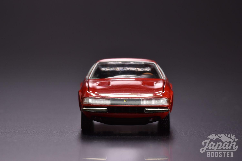 LV-FERRARI 365 GTB4 Red